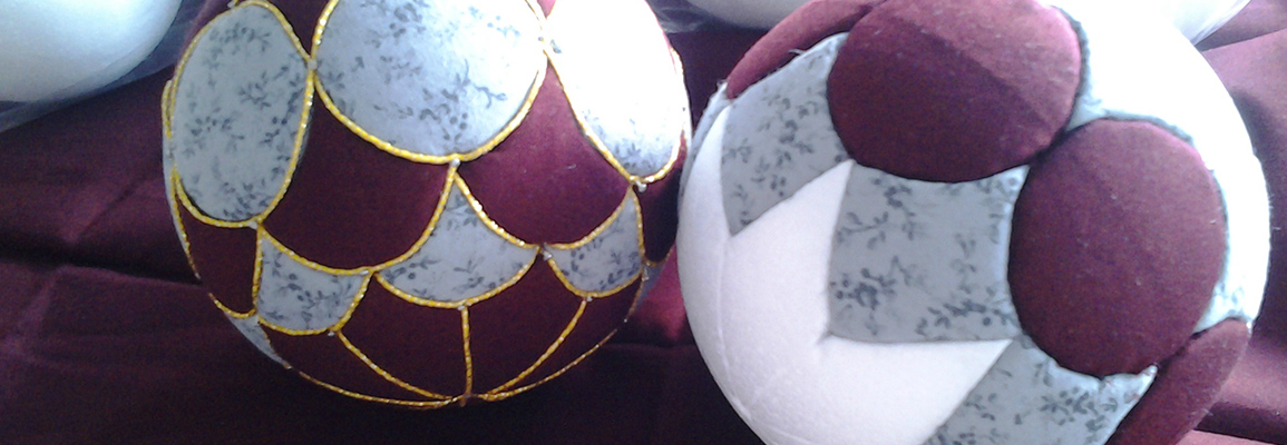 les diff rentes sortes de boules en polystyr ne. Black Bedroom Furniture Sets. Home Design Ideas